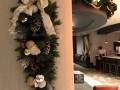 Teardrop-and-Garland-Hotel-Lobby